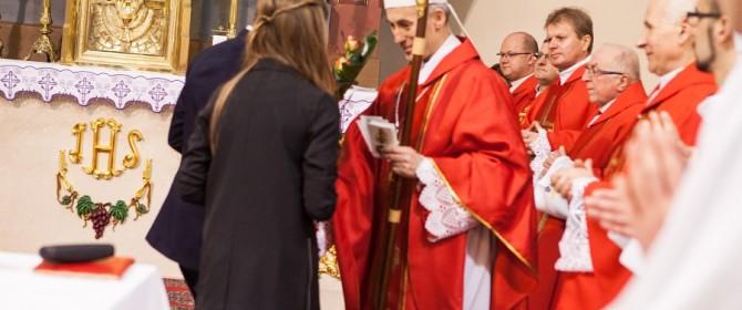 Młodzież z dekanatu Łużna przyjęła dar Ducha Świętego