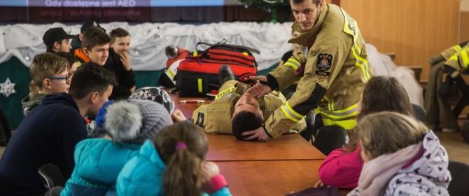 Strażacy z OSP Łużna edukowali najmłodszych